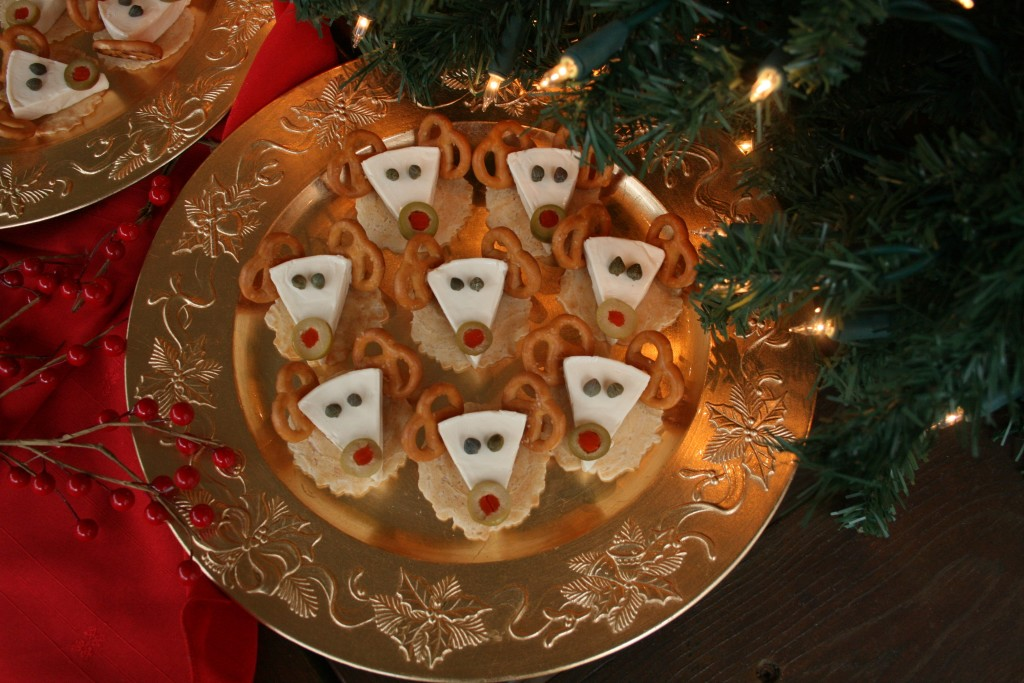 Reindeer Cheese and Crackers